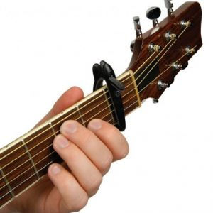 Каподастр для гітари